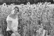 Spätsommerlich gechillt im Sonnenblumenfeld