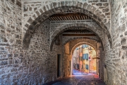 Portal in Ollioules/Südfrankreich