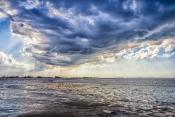 düstere Wolken ziehen auf